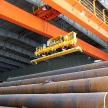 This vacuum lifter of Aerolift is being used in a pipe factory in China