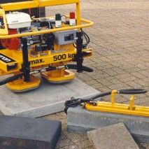 Small vacuum lifter to handle all sort of materials for example conrete, metal or aluminum