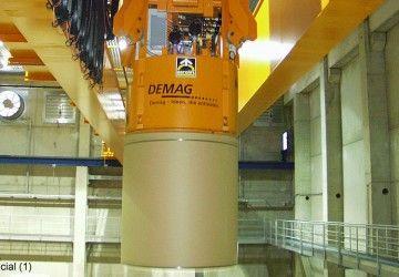 Dit automatische vacuüm heftoestel van Aerolift wordt gebruikt in de papierindustrie voor het handlen van papierrollen met verschillen diameters